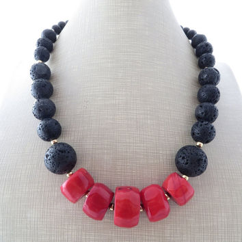 Lava necklace, red coral necklace, black lava jewelry, gemstone choker, chunky necklace, beaded necklace, gift for her, italian jewellery,