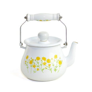 White Enamel Teapot, Yellow Flower Motif - Solid Metal Construction, Kitsch Cottage Chic Style - Vintage Home Kitchen Decor