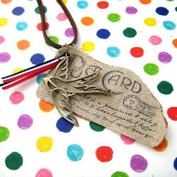 Unique Post Card Ink Print Airmail Pendant Necklace with Bird