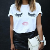 Eyelashes and Red Lips Printed Cotton Round Necked Short Sleeve T-Shirt Top a11127