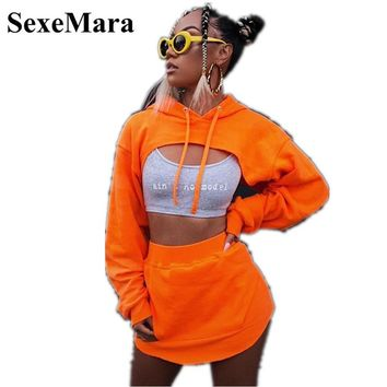Casual Two Piece Set Skirt and Top Set 2019 New Fashion Streetwear Cropped Hoodie Set Woman Tracksuit Hoodies D66-AE-65