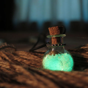 Green XO Bottle Glow in the Dark Potion Jar Necklace, Glass Vial, Cork Jar, Glow in the Dark Glitter, Glowing Necklace