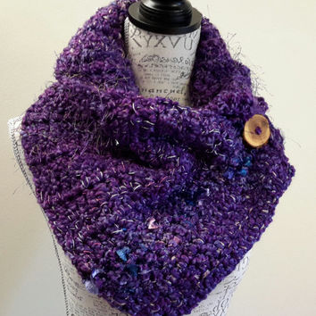 crochet katniss inspired Purple Haze cowl. chunky Infinity Cowl.  Very soft. Made by Bead Gs on etsy. Scarf.
