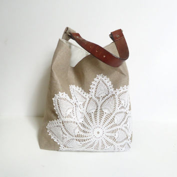 Hobo Bag Linen Burlap and Vintage Doily - Box Bottom Tote - Beach Bag - Bucket Bag