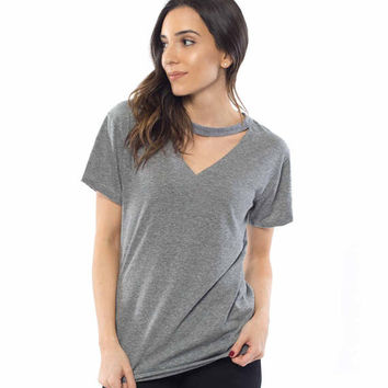 Choker V-neck T shirt