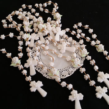 Flower Rosary Favors, 48 Mini Rosaries Communions Favor, Cold Porcelain Mini Rosaries Favor, Boy First Communion, Girl First Communion, First Communion Rosaries Favors Decoration