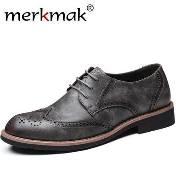 merkmak Men Dress shoes formal wedding genuine leather shoes retro brogue business Mens flats oxfords for men