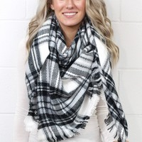 Cozy Plaid Blanket Scarf {Black Mix}