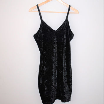 black crushed velvet slip dress 1990s 90s minimalist spaghetti strap mini dress medium