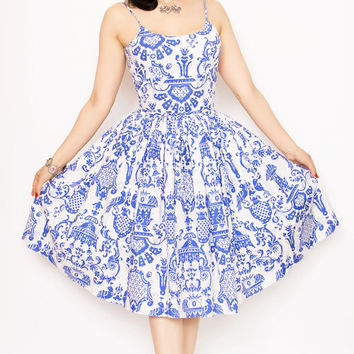 SALE! Rockabilly Girl by Bernie Dexter**50s Style Chelsea Pin Up High Tea Print Swing Dress - Unique Vintage - Prom dresses, retro dresses, retro swimsuits.