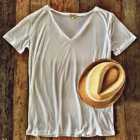 Basic V-Neck Piko Tee - White