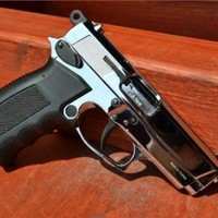 ARAS Compact HP Chrome Finish - 9MM Blank Firing Replica Gun