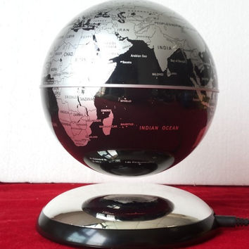 6 inch Magnetic Levitation Floating Globe Anti Gravity World Map Suspending Decoration Gadget Educational Toy