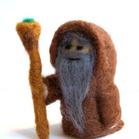 Needle Felted Wizard - Miniature Merlin / Druid Sculpture (Camelot Legend)