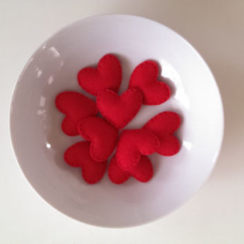 Small Red Felt Heart. Wedding, Valentine Hearts, Party Favours, Mother's Day, Birthday, Table Decoration. Felt Hearts for Display.
