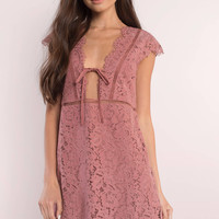 Sophia Scallop Lace Shift Dress