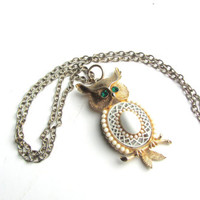 Vintage 1970 Gold Tone Owl Pendant Necklace