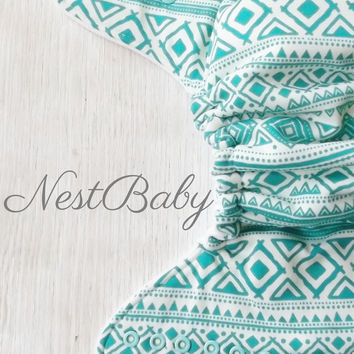 Turquoise tribal hybrid fitted cloth diaper, reusable cloth nappy, aqua and white aztec diaper, all in two, AI2