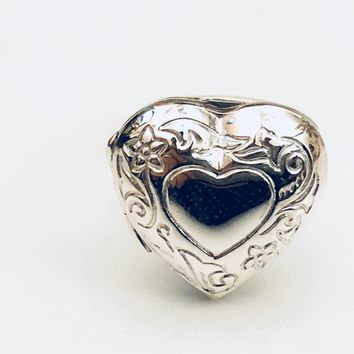 Heart Locket Ring, Locket Ring, Victorian Heart Locket Ring, Pillbox Ring, Sterling Silver Ring, Poison Pill Ring, Gifts for Her
