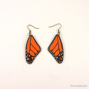 AMANDINE recycled CD earrings | Orange and black Monarch butterfly wings | Jewelry by Savousepate