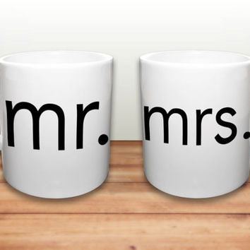 Mr. and Mrs. Mugs - Wedding Gift Mugs - Bride and Groom Gift -Set of 2 Mugs - Married Couple gift - His and Hers Coffee Mugs