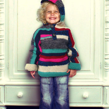 Knitted striped hoodie girl