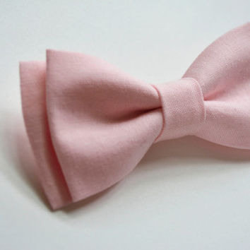 Soft Pink (Blush) Bow Tie Clip for Kids, Pink Bowtie, Pink Kids Bow tie, Bow Tie Clips, Bow Ties, Boys Bowties, Boys Bow Tie, Baby Bowtie