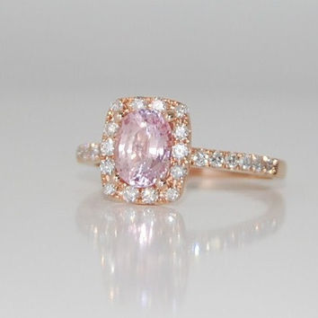 Pinky peach champagne sapphire in 14k rose gold by EidelPrecious