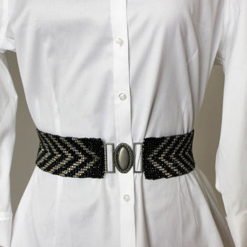 80s elastic beaded belt. Black and clear beads. Silver toned buckle. S to XL size. Artisan belt. Ethnic belt. Chevron belt. Party belt.