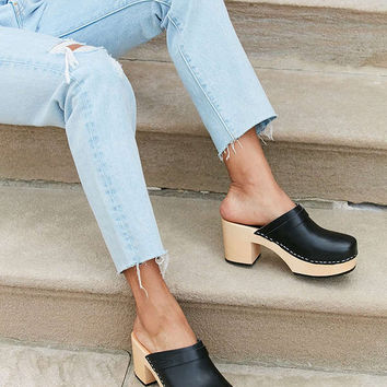 Swedish Hasbeens Louise Clog | Urban Outfitters