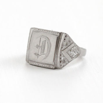 """Antique Art Deco """"D"""" Signet Ring - Silver Tone Size 9 1920s Etched Flower Floral Monogrammed Initial Jewelry"""