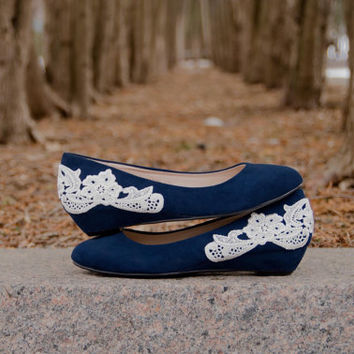 Navy Wedges, Blue Wedding Shoes, Low Heels, Navy Heels, Low Blue Wedges, Bridal Shoes, Low Wedding Shoes, Wedge with Ivory Lace. US Size 8.5