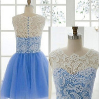 Knee Length Lace Homecoming Dress