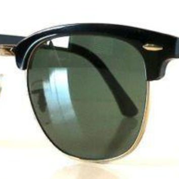 Ray-Ban 3016 W0365 Black with Gold Frame Clubmaster Sunglasses G-15 Lens 51mm
