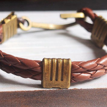 Fish hook bracelet men, Braided leather Bracelet, Nautical leather bracelet, mens leather bracelet, brown hook bracelet men, bracelet custom