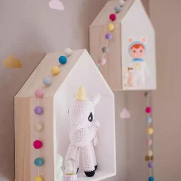 2 Pcs/Set Fashion Wood Dollhouses Kids Baby Girls Room Wall Decoration Doll Houses Toys White Pink Color