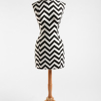 Urban Outfitters - Zigzag Wood Base Dress Form