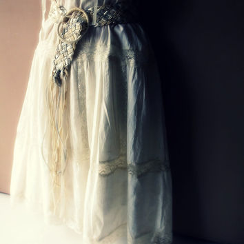 Prairie Rustic Alternative Wedding Dress. Bohemian Rustic Lace Cotton Mexican Wedding Dress. Vintage Deadstock.