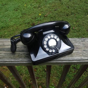 1950 Vintage Bakelite Rotary Dial Telephone in Black, North Electric, Galion, Ohio, Mid Century Decor, Good Condition, Vintage Phone Tech