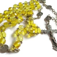 Vintage Rosary  . Yellow Beaded Rosary . Religious Cross Crucifix . Prayer Necklace .