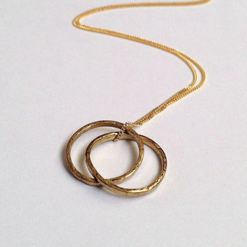 Two Gold Circles Pendant Necklace - Geometric - 18 Carat Yellow Solid Gold - 2 Interlocking Rings - Double Loop - Two Hoops - Eco Recycled