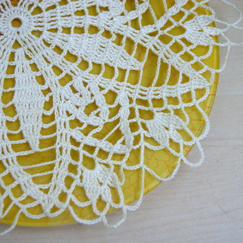 Handmade doily  in natural white, ecru,  home decor, diameter 13.5 inch, cotton, ivory, flowers, lace