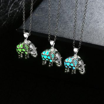 YYW 2017 HOT Women Men Hollow Animal Elephant Locket Luminous Necklace Glow In The Dark Locket Pendant Glowing Jewelry Gifts