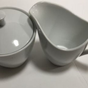 Mikasa Fine China Sophisticate White Creamer & Sugar Bowl with Lid Japan K1990