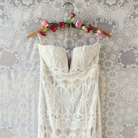 Angelic Lace Maxi Dress