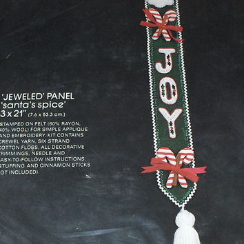 Bucilla Christmas Joy Santa Felt Jeweled Spice Panel Kit