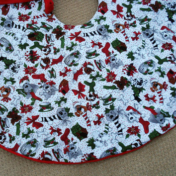 Dog Christmas Tree Skirt, Loralie Designs fabric, Dog Lover, Pet Lover, Red, Green, Tree Skirt