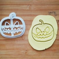 Pumpkin Cookie Cutter Made From Biodegradable Material / Brand New / Party Favor / Kids Birthday / Baby Shower / Cake Topper