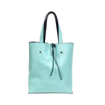 reversible tote with tie