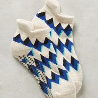 Pointe Studio Chevron Grip Socks in Neutral Motif Size: